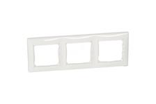 Рамка Legrand VALENA 774453 горизонтальная, 3 поста, белая